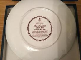 "Old Worcester plate ""Fruit bowl"""
