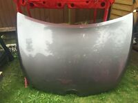 Car bonnet for 14 plate Renault Clio *slightly damaged*