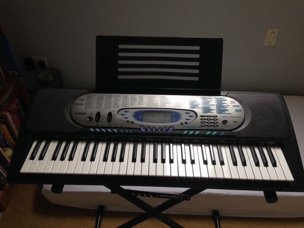 Casio keyboardin Lowestoft, SuffolkGumtree - Casio keyboard Adjustable stand, dust cover and book rest Excellent condition Ctk571 model