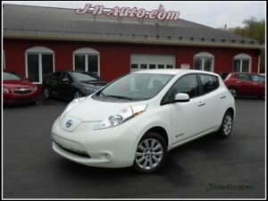 2014 Nissan Leaf City + 3.3 kwh,Recharge 110v/220v,