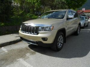 2011 Jeep Grand Cherokee OVERLAND, LEATHER, SUNROOF,NAVIGATION