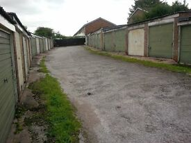 Lock-up Garage to rent in Coleshill B46 1BL