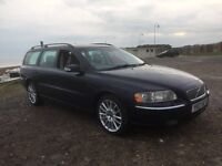 Volvo V70 D5 automatic diesel estate Long MOT and service history