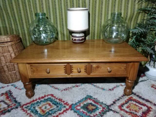 Chunky Pine Farmhouse Country Style 4ft Coffee Table With 3