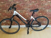 "Specialized Ariel 2010. Womens 20"" Hybrid Bike. RRP £450. Alloy Frame, Front Lock out Suspension."