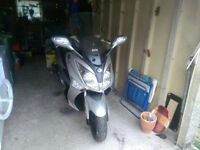 SYM Joymax 125i scratches on front fenders 12M MOT new rear tyre, new battery