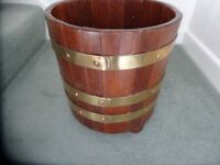VINTAGE OAK WOODEN SLAT BRASS BOUND PLANTER 3 Brass Trims with copper studs
