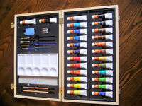 WH Smith Boxed Watercolour Set - paints, brushes, Hints & Tips, and more!