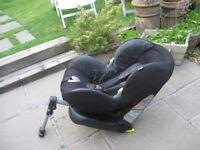 MAXI COSI PRIORI FIX CAR SEAT WITH ISOFIX FITTINGS 9 - 18 kgs