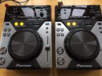 Pioneer cdj 400 CDs DO NOT WORK ON THESE DECKS PLEASE READ DESCRIPTION