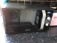 Samsung MS23F301EAK Solo Microwave