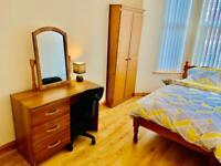 SINGLE BEDROOM IN SPACIOUS BOTANIC HOUSE!!