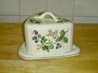 Staffordshire Cheese Dish With Lid Pottery - Berries Design