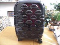 Unused Lulu Guinness Small Black Hard Sided Spinner Case Black Lips Design