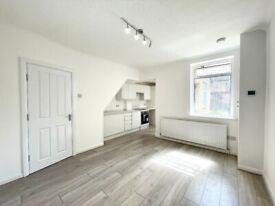 ***DSS WELCOME***A NEWLY REFURBISHED FOUR BEDROOM HOUSE EDMONTON N18