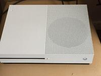 Xbox one s white bundle