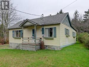 7870 West Coast Rd Sooke, British Columbia