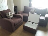Can deliver beautiful 3 seater matching chair and storage footstool veey good condition