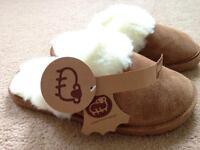 Lamo sheepskin slippers leather S wool