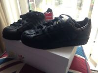 Brand new unisex adidas superstar pharrell williams black trainers,size 5,boxed RRP £85