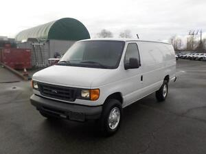 2007 Ford Econoline E-250 Extended Cargo Van