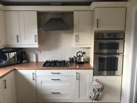 Kitchen - complete with units and appliances