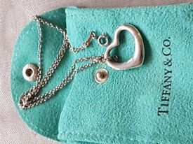 Tiffany Elsa Peretti open heart silver necklace 22mm
