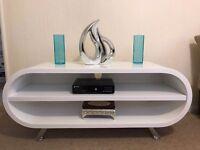 High white gloss Entertainment unit / Tv stand