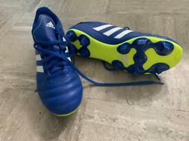 Adidas size 6 football boots