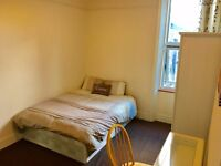 2 x AmAzInG Double Beds in huge flat. Living room and all bills inc. Fully FURNISHED. TV and WIFI