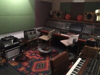 CONTROL ROOM / LIVE ROOM / MUSIC RECORDING STUDIO / AVAILABLE IN LIMEHOUSE