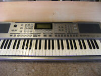 ROLAND EXR5 arranger keyboard light touch sequencer with ed, 128 presets flash mem, music assist,,