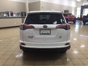 2016 Toyota RAV4 AWD 4dr LE Edmonton Edmonton Area image 6