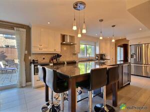 888 000$ - Maison 2 étages à vendre à Ahuntsic / Cartierville