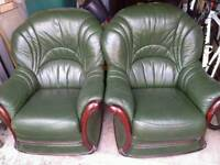 2 green leather chairs (great for that afternoon snooze)