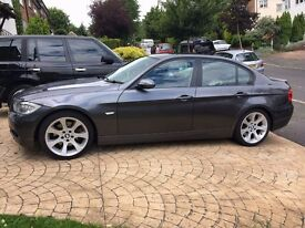2005 e90 BMW 330i Saloon Manual. Msport extras. i-drive Sat nav Rear privacy blind.