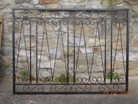 steel security grille decorative size 150cm x 110 cm and 2 security bars 115cm long