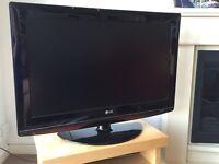 """LG Flatscreen HD 32"""" TV for sale"""