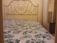 Double Room For Rent Close Town Centre Train station