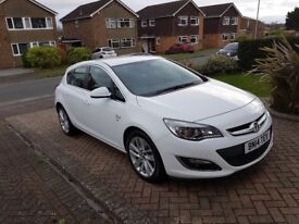 White 2014 Vauxhall Astra 1.7 CDTi SRI £6750