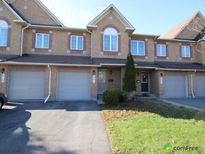$320,000 - Townhouse for sale in Orléans