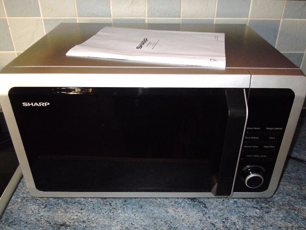 SHARP MICROWAVE OVEN 900W BRUSHED SILVER 25L 10 PROGS 31.5 TURNTABLE 11 MONTHS OLD (ARGOS £85)