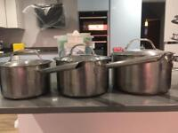 Set of 3 saucepans