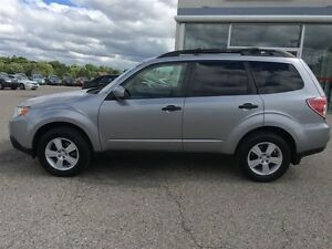 2010 Subaru Forester 2.5 X AWD SPORT PKG Heated seats Alloys Cru Kitchener / Waterloo Kitchener Area image 5