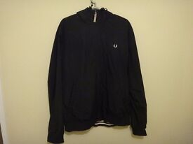 BLACK FRED PERRY COAT, GREAT CONDITION WITH BURGUNDY INTERIOR AND HOOD- SIZE: L