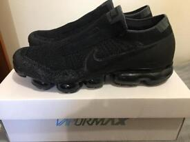 Nike Air Vapormax Flyknit SE Laceless Night Triple Black Grey