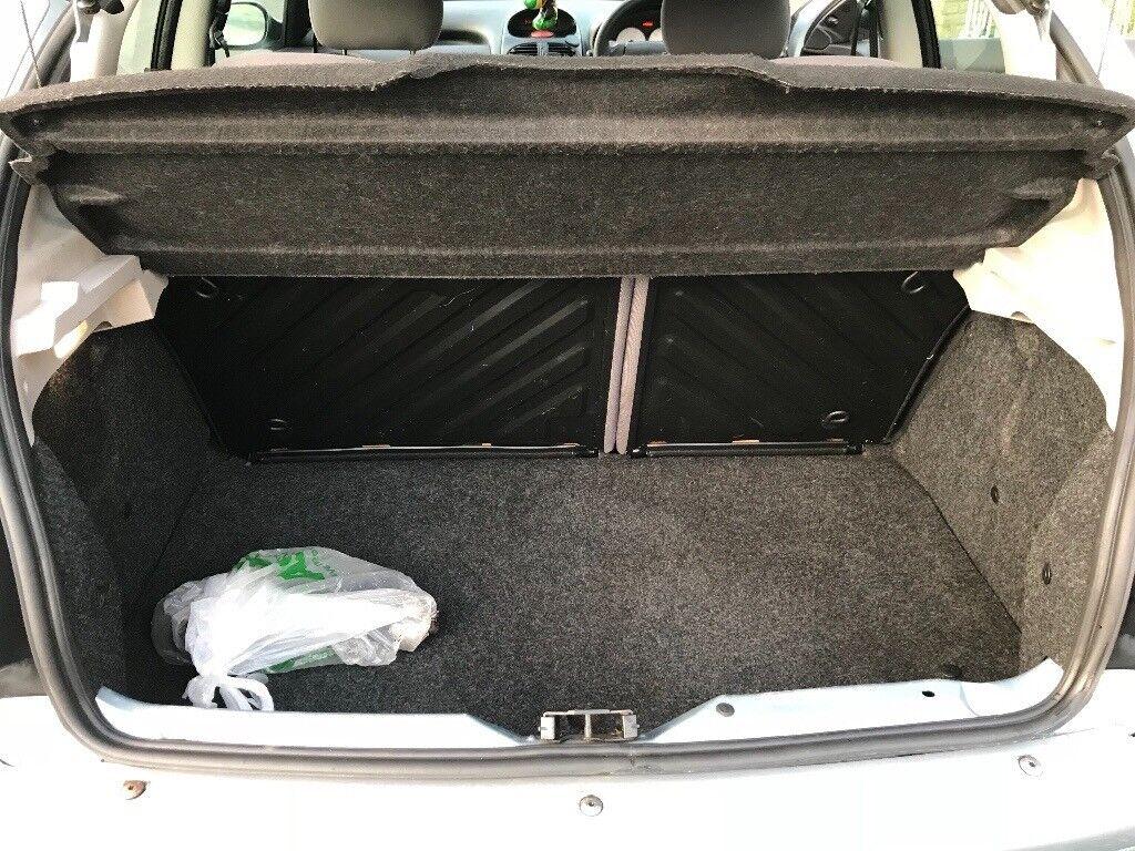 Peugeot 206 11 Zest 650 In Mitcham London Gumtree 106 Fuse Box Https Iebayimgcom 00 S Nzy4wdewmjq