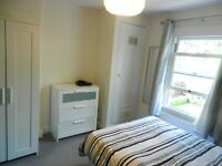 Finchley Church End double room (for one oerso) gay flat share