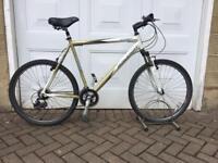 """Raleigh bike 26"""" wheels large 23"""" frame"""