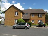 A well presented 1st floor flat in a quiet development close to both Wimbledon & Colliers Wood tube